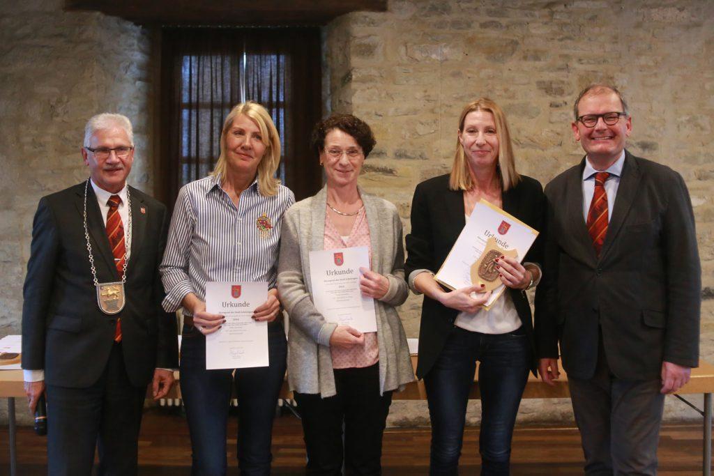 Damenmannschaft: Antje Liebing, Silke Fleßau-Schimmanski, Ulrike Hugo, Renate Wolter, Kerstin Bauer, Sabine Henke (Golf- und Landclub St. Lorenz)