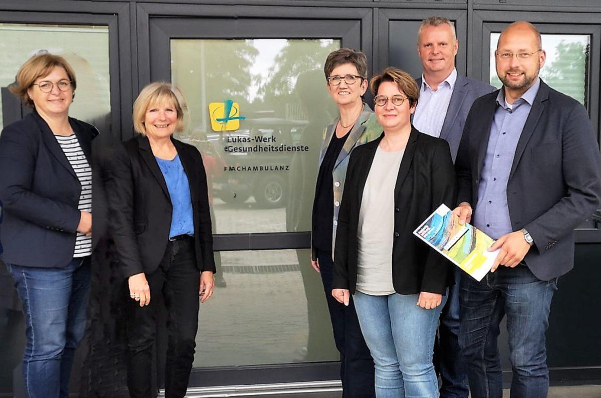 Die neuen Beratungsräume der Lukaswerke in der Kreisstadt Helmstedt besuchte eine Gruppe der CDU-Kreistagsfraktion.