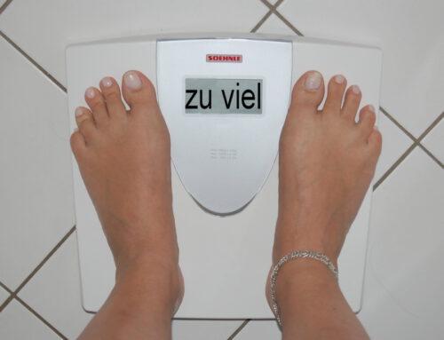 Das Monatsthema im März widmet sich der Frage nach einem gesunden Körpergefühl und geht Diätmythen auf den Grund