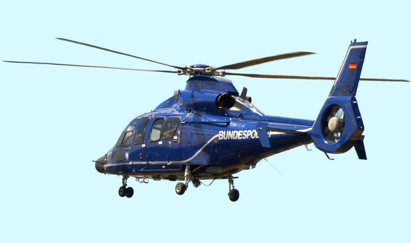 Mit einem Hubschrauber wurde eine 34-Jährige gesucht, die zuvor aus einer Klinik verschwunden war. Foto: Bellezza87/pixabay.com