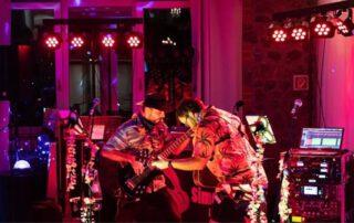 Das Duo 2Dogs1Hat will das Publikum am Mittwoch, 2. Juni, begeistern. Foto: privat