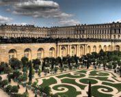Pracht und Verschwendung in absoluter Vollendung. Das Schloss von Versailles - einst Symbol für Macht und Vorherrschaft einer ganzen Nation - wäre zu heutiger Zeit ein Fall für den Bundesrechnungshof. Foto: ahundt/www.pixabay.de
