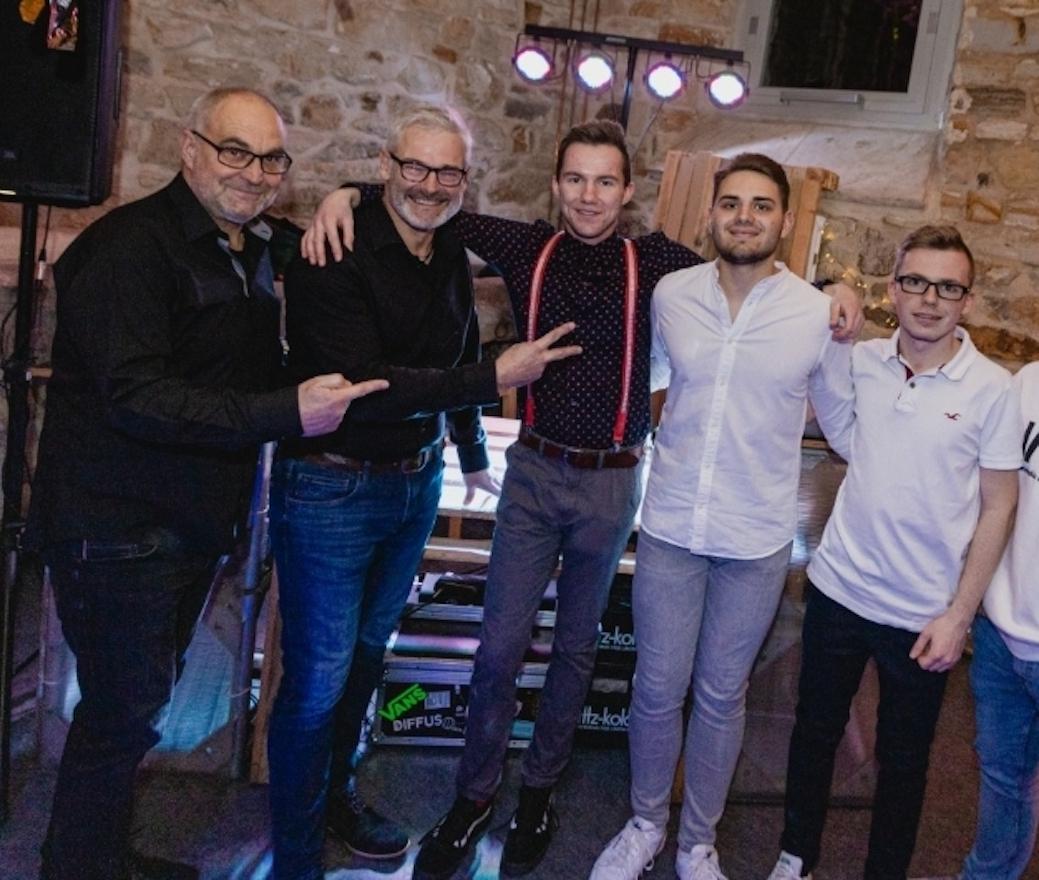 Die DJs des Abends: Martin Lehmann, Andreas Drass, Florian Danker, Adrian Blank und Linus Struck (von links). Foto: privat