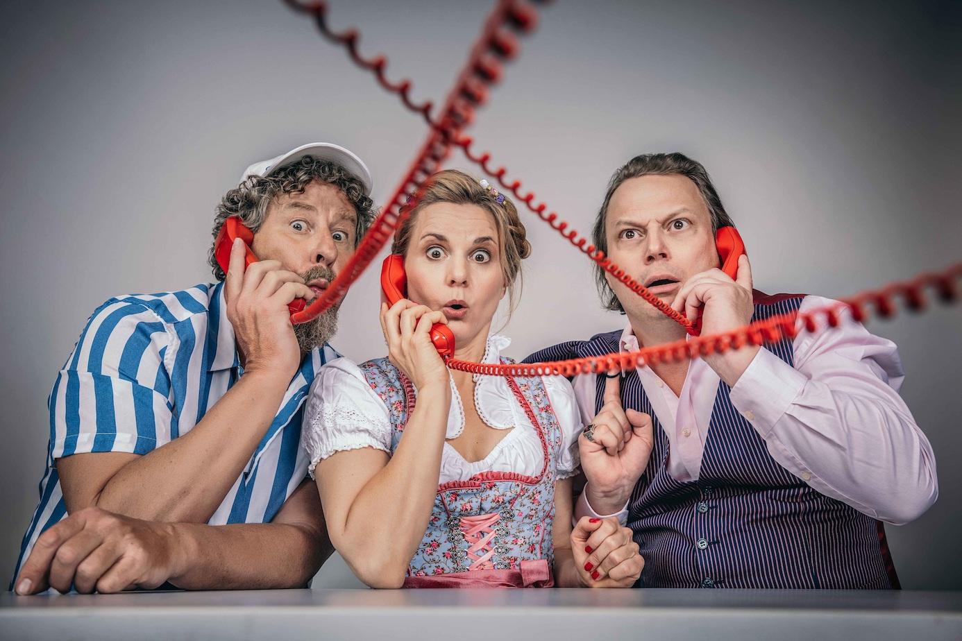 """Das Ensemble ,,Die Distel"""" präsentiert ihr Programm ,, Skandal im Spreebezirk"""". Foto: privat (Chris Gonz)"""